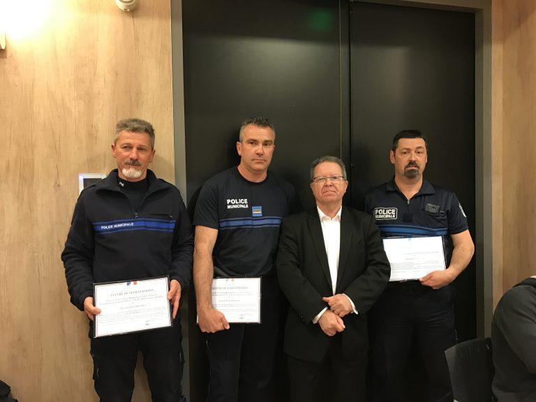Trois policiers municipaux félicités !
