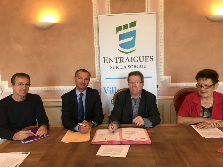 La commune signe une convention de micro-crédit personnel pour les Entraiguois en difficulté passagère !