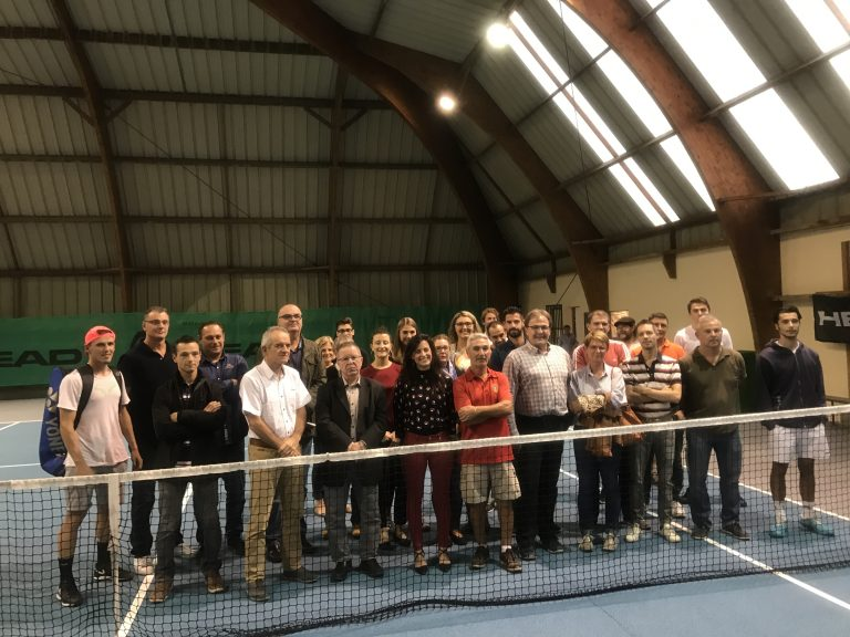 Les courts intérieurs de tennis rénovés et inaugurés