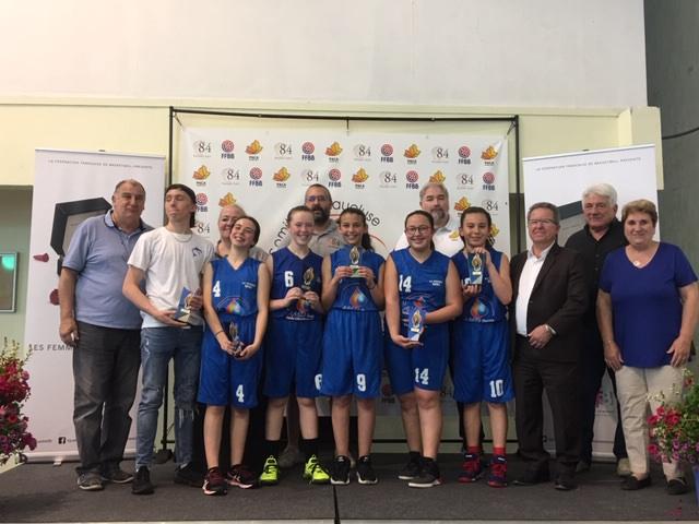 L'équipe benjamine de basket devient Championne du Vaucluse