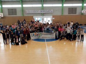 Près de 150 enfants réunis à Entraigues pour découvrir le tennis de table